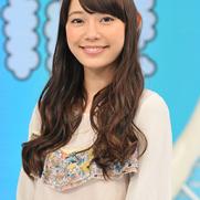 野村證券CMの女優はだれ?ピンクのシャツに耳が大きくて可愛い!